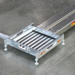 LONGACRE - BILLET SCALE PAD LEVELERS WITH ONE B/I SIDESILDER™ FOR 63.5 MM PADS (SET OF 4)